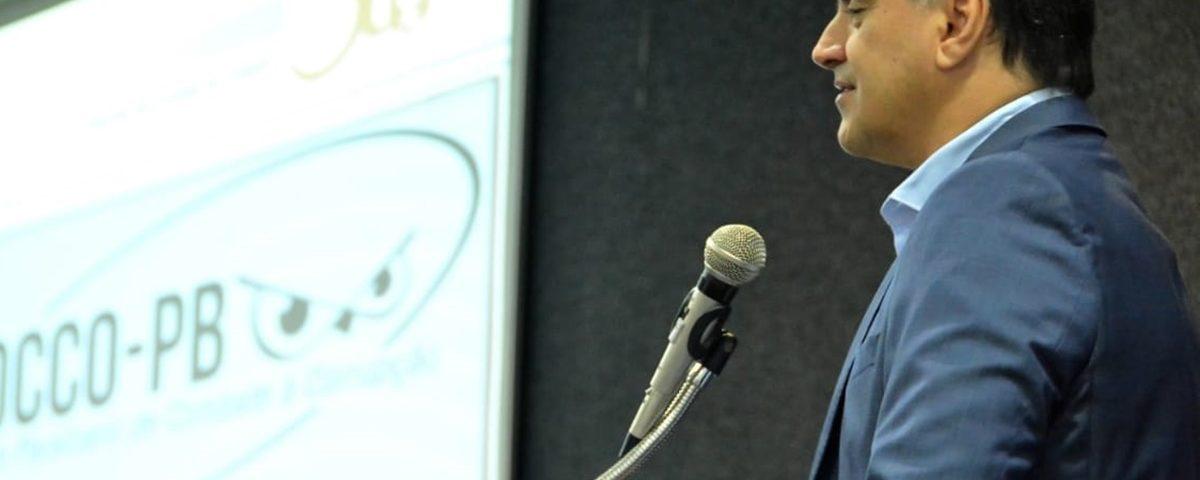 Luciano Cartaxo2 1200x480 - Luciano Cartaxo anuncia pagamento das folhas de maio, junho e primeira parcela do 13°
