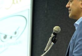 Luciano Cartaxo anuncia pagamento das folhas de maio, junho e primeira parcela do 13°