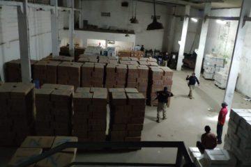 PRF cigarros contrabandeados 683x388 - MAIOR CARGA DE CONTRABANDO DO NORDESTE:Operação apreende milhares de caixas de cigarros na PB