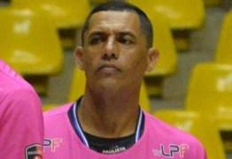 Árbitro passa mal e morre durante jogo da Copa de Futsal