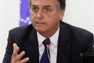 bolsonaro 2 - 'Também não tenho apego ao cargo, mas Moro não sai', diz Bolsonaro