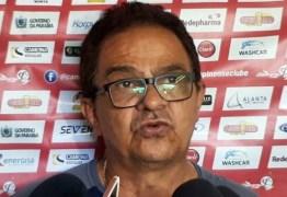 Após vitória na pré-Copa do Nordeste, Diá fala sobre futuro no Campinense: 'Só quem sabe é Jesus Cristo'