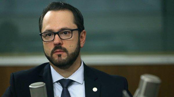 elmer vicen - DEMITIDO: disputa em torno do Enem derruba presidente do Inep