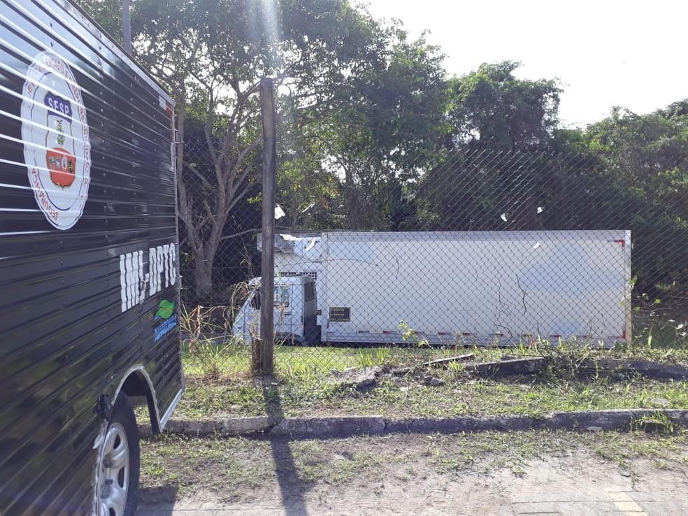imlfrigorificosmanaus - BARBÁRIE EM MANAUS: Sem espaço no IML, governo aluga caminhões frigoríficos para armazenar corpos de detentos mortos em massacre