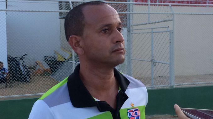 jaelson marcelinho glauber guerra e1558364692110 678x381 - Campinense acerta com treinador para a sequência da Série D