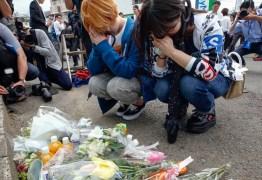 Homem ataca crianças a faca, mata 2 e fere 17 em Kawasaki