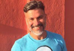 Ator que assumiu homossexualidade explica os motivos de deixar o Brasil