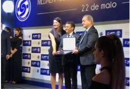 RECONHECIMENTO POR MELHORIAS: Empresário José Arlan Silva Rodrigues é condecorado com Medalha de Mérito do Transporte – VEJA VÍDEOS DE HOMENAGENS