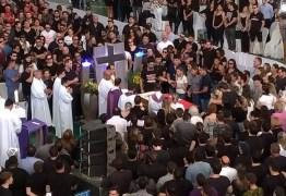 ADEUS A GABRIEL DINIZ: Cantor é sepultado em cerimônia privada no Cemitério Parque das Acácias – VEJA VÍDEO