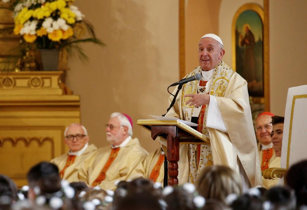 papa1 - Papa Francisco torna obrigatório religiosos denunciarem casos de abusos sexuais