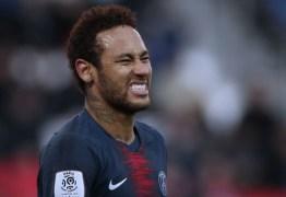 Real Madrid pode incluir James em negociação por Neymar