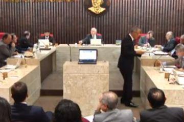 """Conselheiro André Carlo Torres diz que responsável por pedido de cautelar a Fernando Catão está """"passando em brancas nuvens, sem nenhuma investigação"""" – VEJA VÍDEO"""