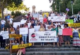 Brasileiros no exterior também se mobilizam pela educação