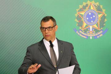 Governo está reavaliando decreto de armas, diz Planalto