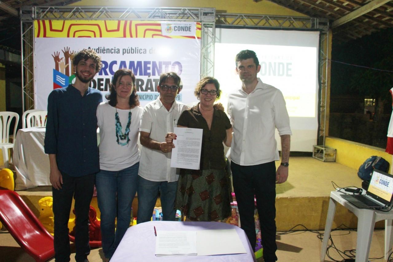 11 - Gurugi recebe a 3ª audiência pública do ODM, Prefeita Márcia Lucena faz entrega de materiais e assinatura de contrato para a nova UBS da região