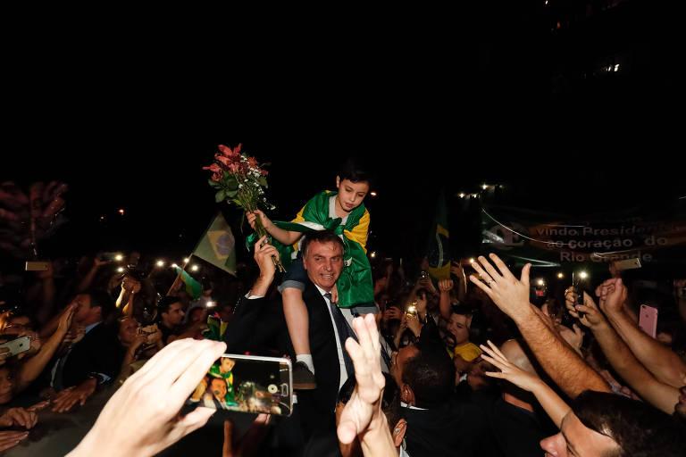 Bolsonaro admite que quer armar a população para defender seu governo e impedir golpe de Estado