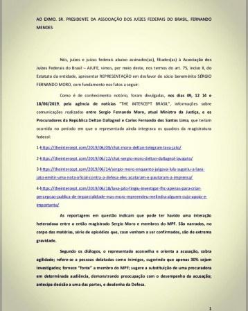1ef6cb48 50ba 42e4 8645 005d562f481d 240x300 - SUSPENSO: Juízes Federais de todo o Brasil pedem a exclusão de Sérgio Moro da associação da categoria