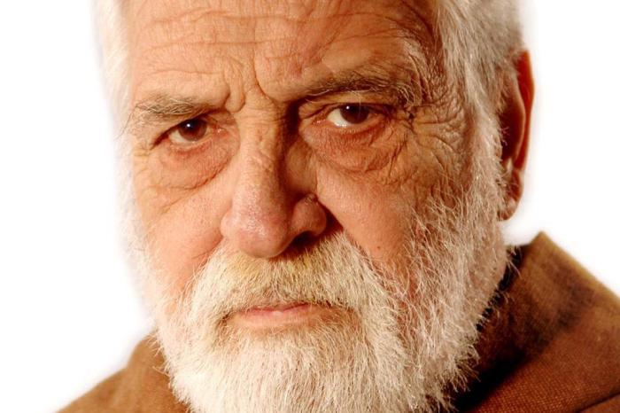 25258875 - LUTO NA TV: Morre o ator Lafayette Galvão, da novela 'Terra  Nostra' e 'A Casa das Sete Mulheres'