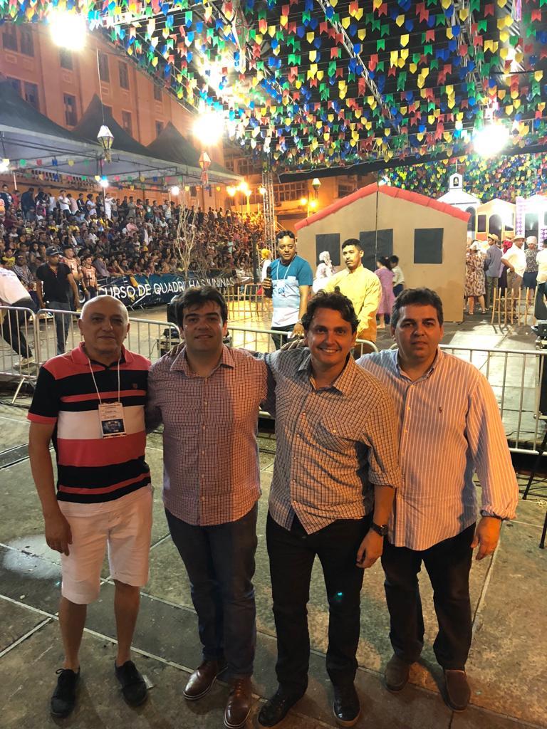 261c8344 798e 4663 b09c 0f4829fd4e64 - Eduardo participa de Festival de Quadrilhas Juninas e defende investimento na cultura