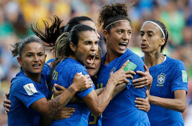 5d0917702100003711f370b9 - COPA FEMININA: Jogos desta quinta definem próximo adversário do Brasil