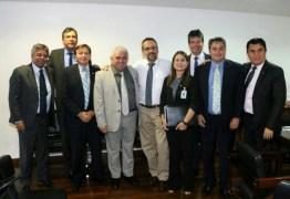 Ministro da educação garante liberação de recursos para IFES da Paraíba após reunião com deputados e representantes da bancada federal