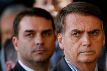 80075893 bsb   brasilia   brasil   28 11 2018   pa   o presidente eleito jair bolsonaro chega para 1 - ARMA DE FAKE NEWS: Bolsonaro e filho espalham notícias falsas sobre Jean Wyllys e David Miranda