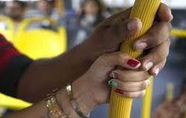 ÔNIBUS, TÁXI OU UBER*: Pesquisa mostra que 97% das mulheres já sofreram assédio em transporte