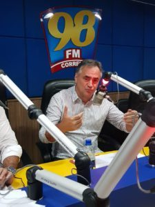 """CARTAXO 98 225x300 225x300 - VÍDEO: """"Intervenção é exclusivamente na Vila Nassau, não no Porto do Capim"""" esclarece Luciano Cartaxo"""