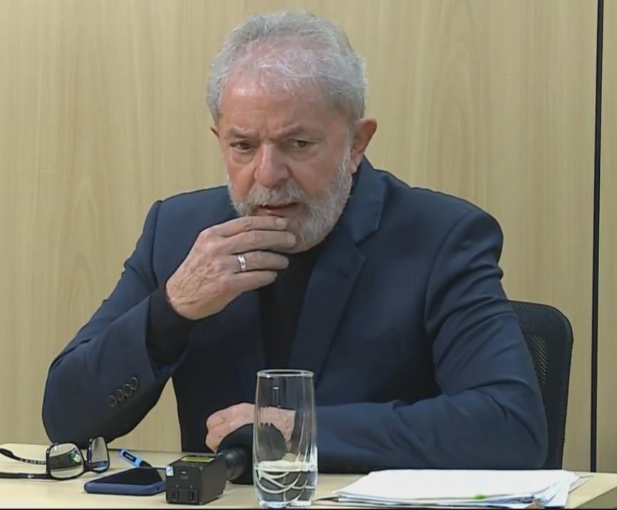 Capturar 26 - 'Queria ter uma oportunidade de estar cara a cara com o Bonner para dizer que ele mentiu', diz Lula - VEJA VÍDEO