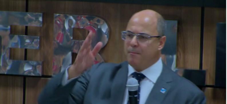 Capturar 31 - 'VAGABUNDOS BANDIDOS': governador do RJ lamenta não ter autorização para jogar míssil na Cidade de Deus - VEJA VÍDEO