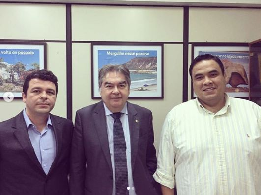 Capturar 9 - Lindolfo Pires se reúne com Secretário de Turismo para tratar sobre instalação de estaleiro em Lucena, PB