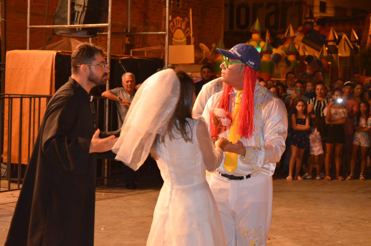 Casamento matuto1 - Casamento Matuto empolga público que comparece ao Xamegão na noite de quarta-feira