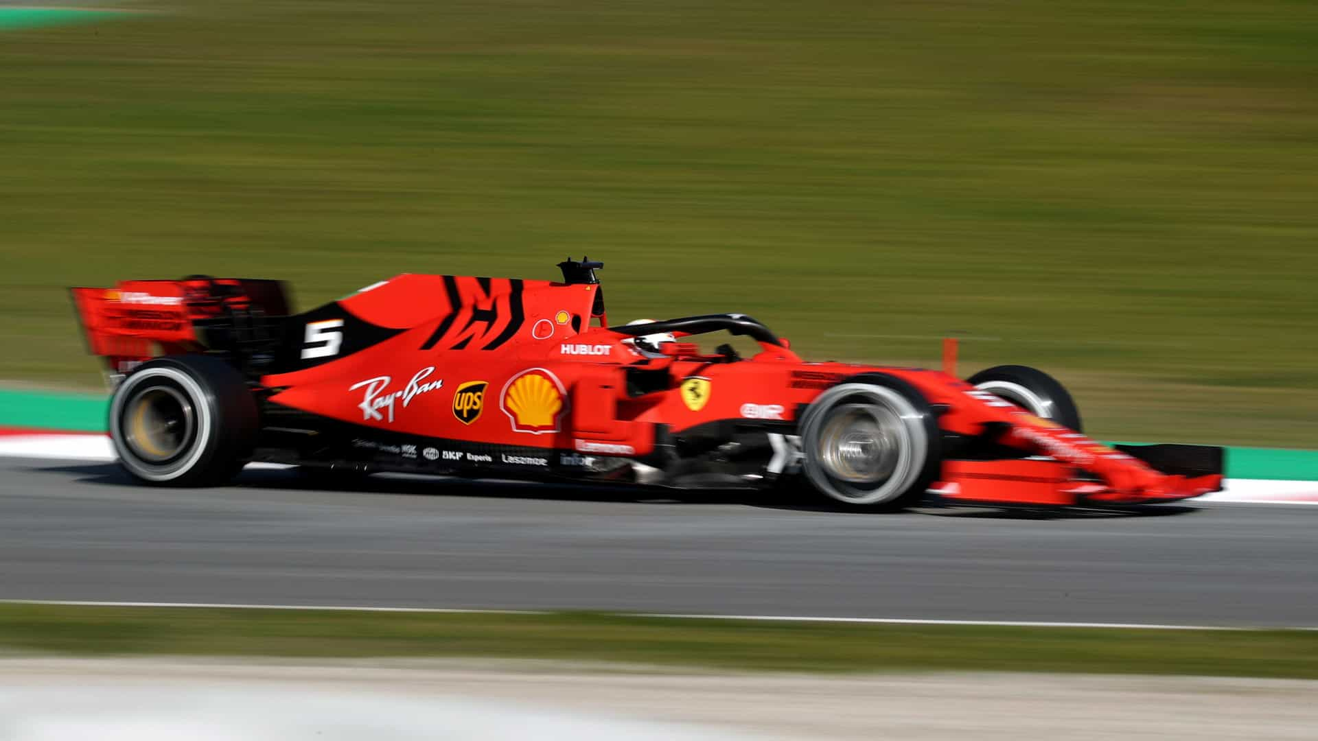 Ferrari - Leclerc garante pole position na Rússia e Ferrari mantém boa fase na temporada