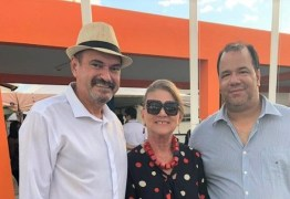 Jeová Campos comemora inauguração de escolade Capim cujo mandato contribuiu com esse pleito da população