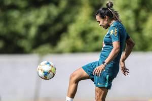 MARTA 300x200 - COPA DE FUTEBOL FEMININO: Técnico Vadão faz mistério sobre presença de Marta e plano B contra Austrália no jogo de hoje