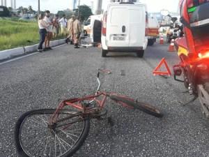 WhatsApp Image 2019 02 18 at 17.23.35 300x225 - Ciclista é atropelado e morre na BR-230, em João Pessoa