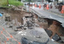 Galeria pluvial cede e trecho da Avenida Ruy Carneiro é interditado – VEJA FOTOS