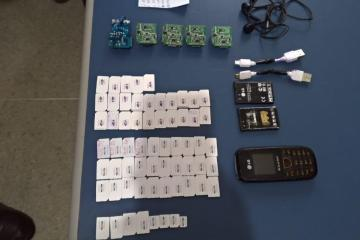 Advogado é detido no PB1 ao tentar entrar com colchão 'recheado' de chips e celulares – VEJA IMAGENS
