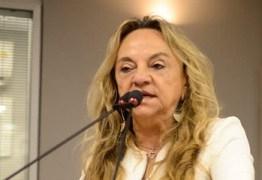 CANTANDO E LEGISLANDO: Dra. Paula canta em tribuna e aproveita para defender corte em salários de senadores – VEJA VÍDEO