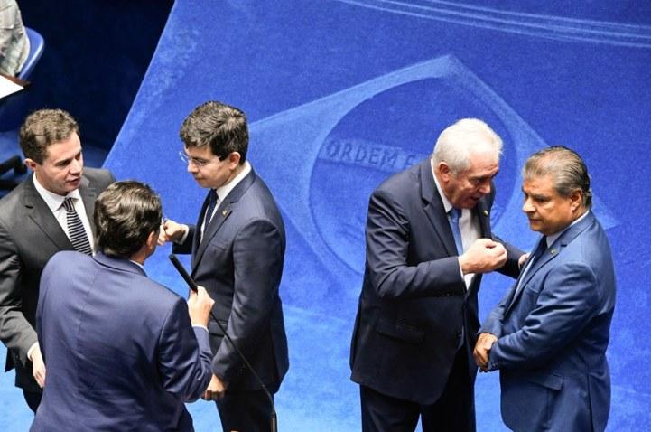 imagem materia 1 300x199 - Por 47 votos a 28, Senado aprova derrubar decretos de Bolsonaro que flexibilizam porte de armas
