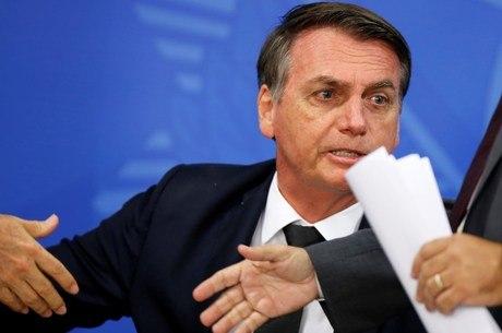 jair bolsonaro 1500 22062019120917050 - 'REINA, MAS NÃO GOVERNA': Bolsonaro diz que Legislativo quer deixá-lo como rainha da Inglaterra