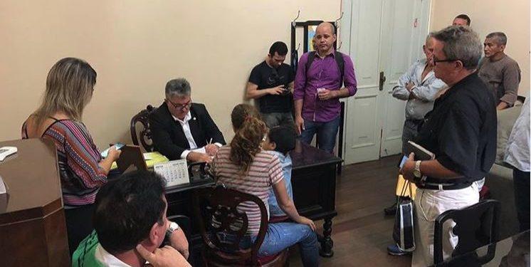 joao 746x375 - NINJA NA REDE: assim como em seu gabinete na ALPB, sala de secretário João Gonçalves na pasta da Articulação Política vive movimentada