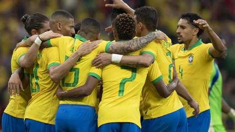 naom 5d0391a52b75b 300x169 - Após recentes vitórias seleção brasileira sobre para 3° lugar no ranking da Fifa