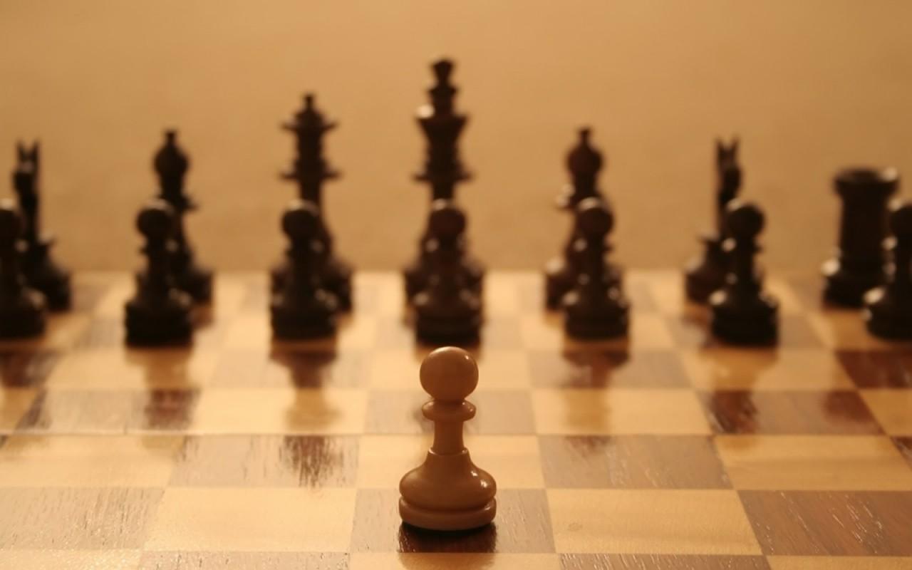 peao no xadrez - Instituições em xeque! – Autoridades estariam perdendo a luta contra o crime organizado no Brasil e a população está sozinha - Por Francisco Aírton
