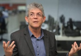 'PIADA DE MAL GOSTO: Ricardo Coutinho crítica imprensa brasileira – VEJA VÍDEO
