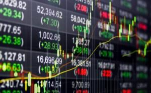 shutterstock 5731215731 770x478 300x186 - RECORDE: Bolsa brasileira fecha acima dos 100 mil pontos pela primeira vez na história