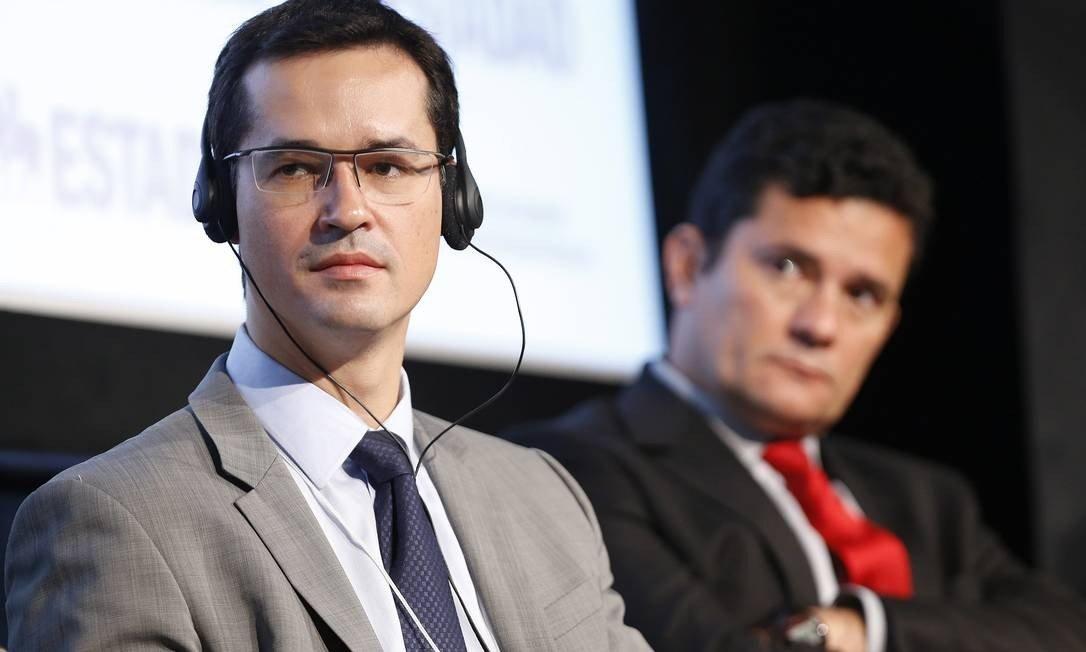 x72615619 PA Sao PauloSP24 10 2017 O juiz federal Sergio Moro e o procurador da republica Del.jpg.pagespeed.ic .gE2Kh8Gd0V - The Intercept publica íntegra das conversas entre Moro e Dallagnol que embasaram primeiras reportagens
