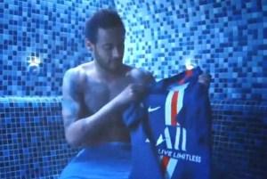 1 cxfk029bwyzw074lucv0k8v4d 12014408 300x201 - Neymar joga a nova camisa do PSG no lixo; VEJA VÍDEO