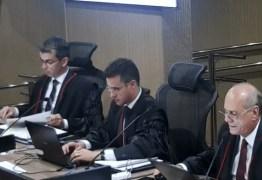 JULGAMENTO ADIADO: Zeca Porto vota pela improcedência e pede multa, juiz pede vista – ENTENDA