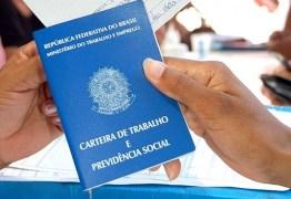 NÚMEROS DO IBGE: desemprego cai e trabalho com carteira assinada tem alta mais expressiva em cinco anos